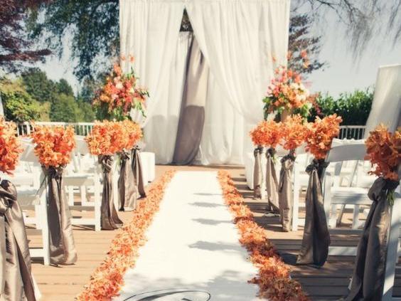西式草坪婚礼策划方案图片