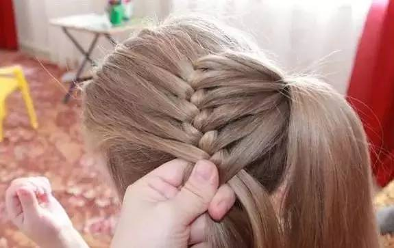儿童编头发花样图步骤