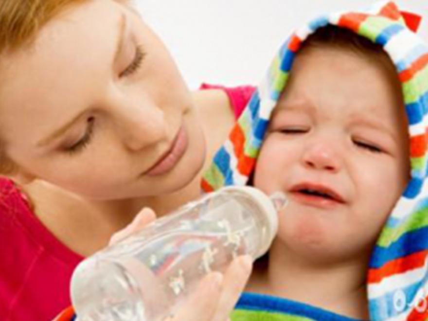 """孩子的智商跟爱不爱喝水挂钩?看专家是怎么分析的"""""""