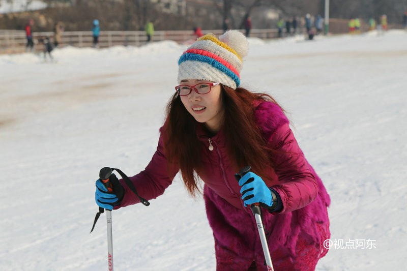 """""""冰火两重天""""的享受:在竹林畔滑雪摔跤也可以很开心 - 视点阿东 - 视点阿东"""