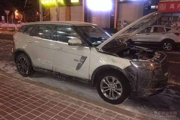"""众泰中型SUV T700冰雪路试 2017年见!"""""""