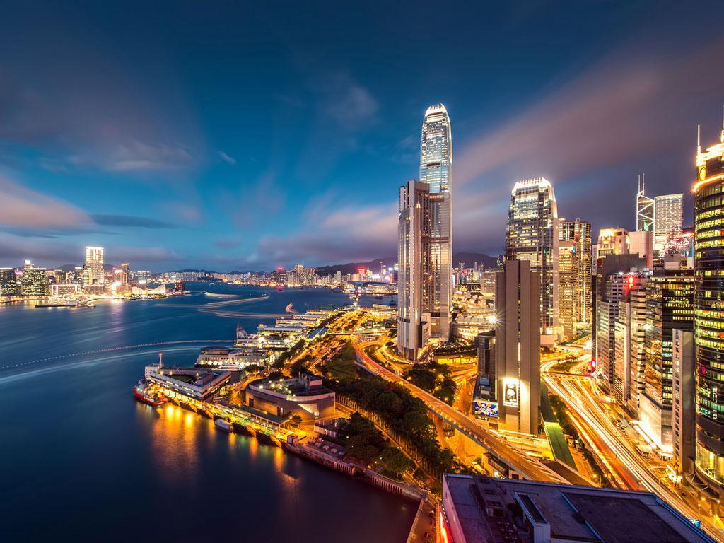 全球城市经济体竞争力排名:上海第七香港第九