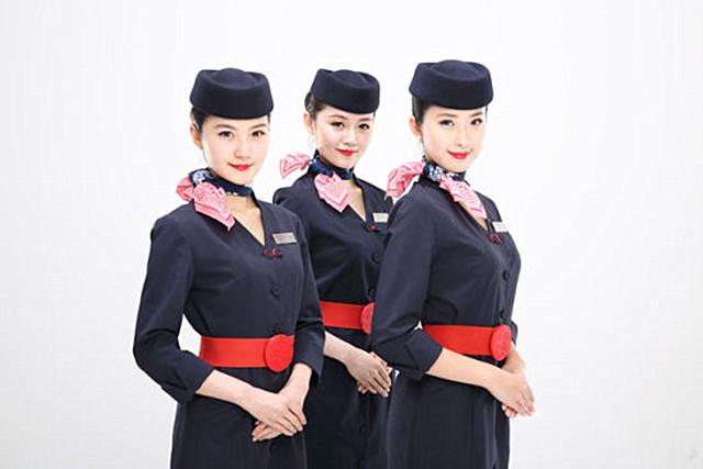 怎样才能当上空姐