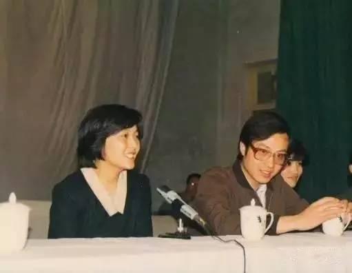 男人最大的成功是20年后身边还站着同一个女人 - NY6536群博客 - 南洋65初三(6)的群博客
