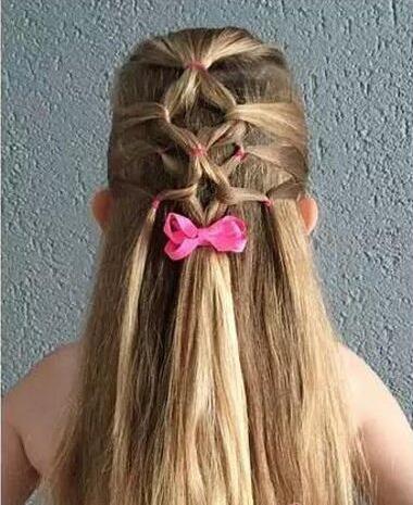 小女孩可爱编发,打造甜美小公主