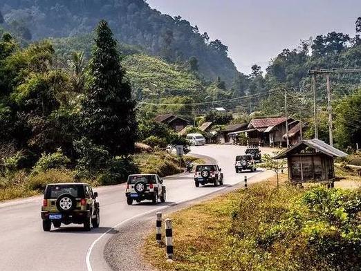 """中国第一条国际高速公路,自驾云南老挝泰国昆曼"""""""