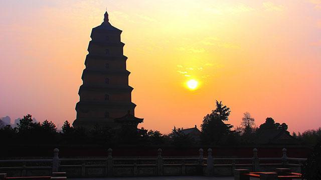 雁塔晨钟-佛塔,非常独特的东方建筑图片