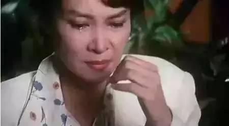 她是世上只有妈妈原唱出身名门才貌双全被评为亚洲史上最伟大演员