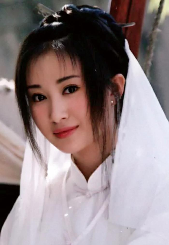 新晋十大古装美女排名,郑爽不敌娜扎,第一是她
