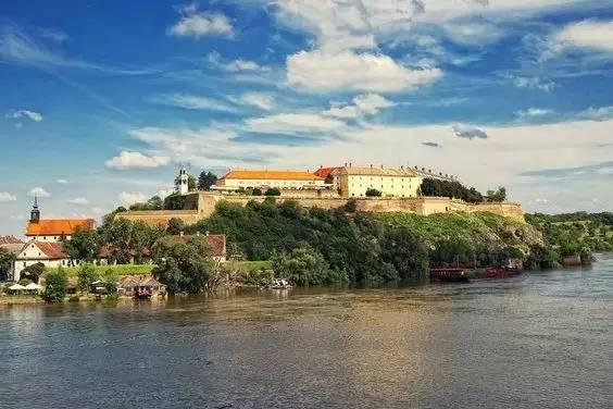 新政 | 塞尔维亚免签定啦 上榜十个最值得去的国家 客户投稿 第44张