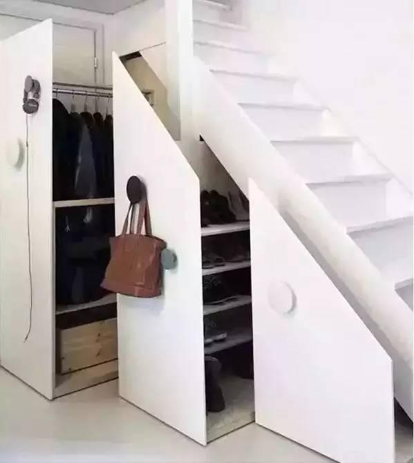 小空间,大创意:楼梯收纳,增大你的储物空间!