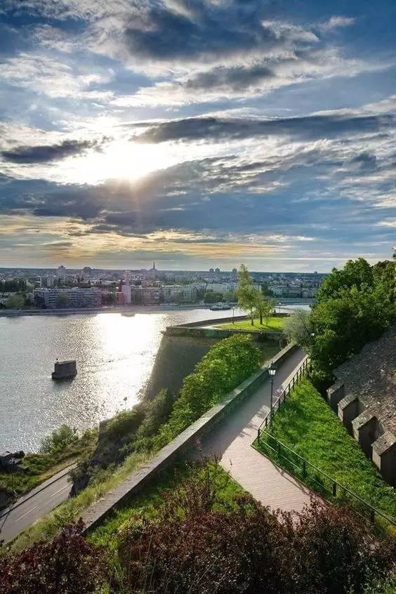 新政 | 塞尔维亚免签定啦 上榜十个最值得去的国家 客户投稿 第43张