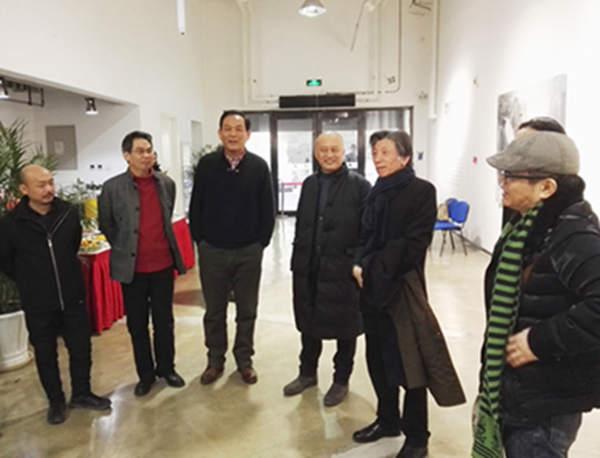 激越的呐喊——韩中人艺术展暨学术研讨会在京举办