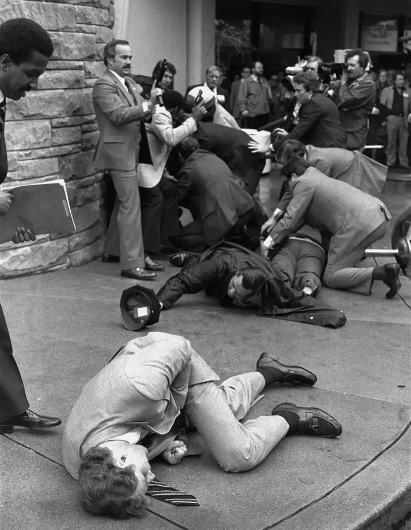 温故知新:美国历史上最震撼的50张照片!