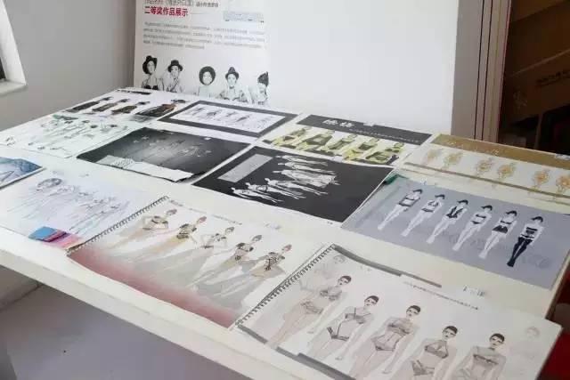 靳东未入围白玉兰_2019内衣设计大赛入围