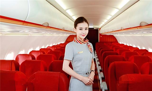 5、地方航司代表:天津航空   乘务员:1500元-12700;   乘务长:13400元-15500元。   内航5家具有代表性的航空公司乘务员工资数据情况就是以上这样,虽然不能完全代表中国所有航空公司的乘务员工资水平,但是一般情况也不会有特别大的出入。