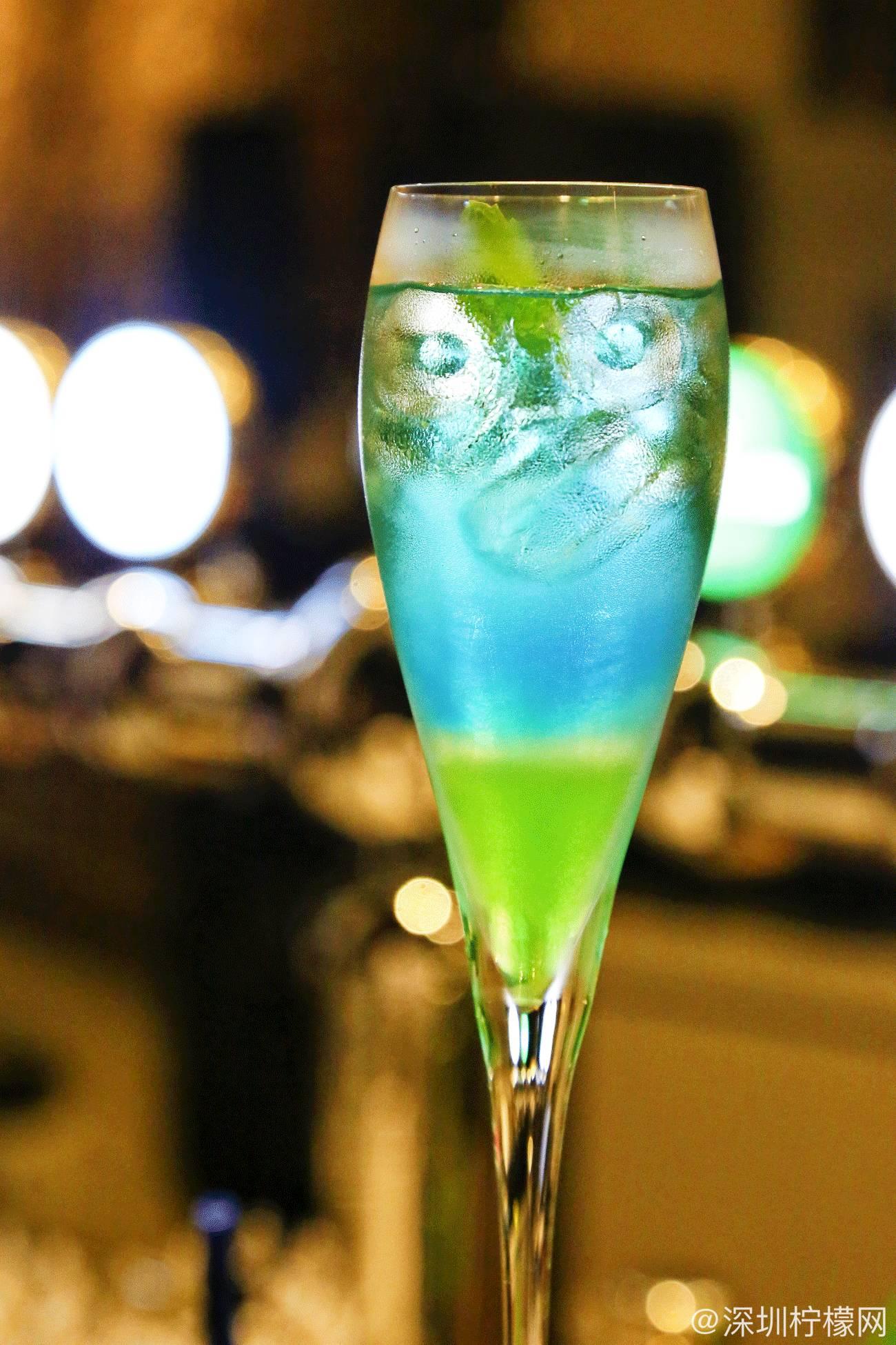 深圳少有的庭院式西餐别墅,2000平花园别墅,却出售于集酒吧图片