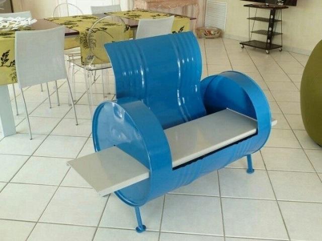 油桶椅子三视图手绘图