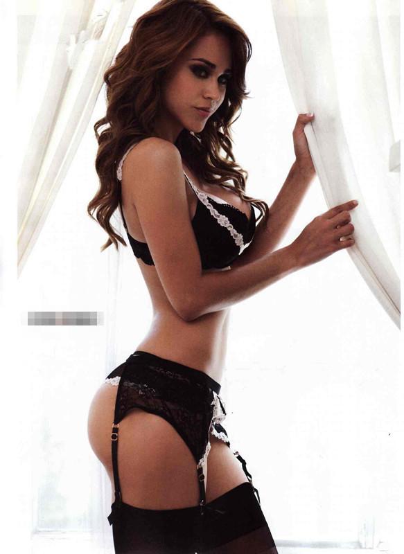 墨西哥美女主播加西亚内衣出镜 胸器傲人