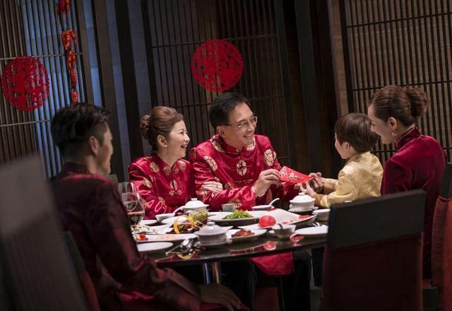 华丽轻松团圆家宴,年夜饭之沈阳国际皇冠假日酒店
