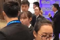盘点:李彦宏、马云、马化腾等大佬使用的手机品牌