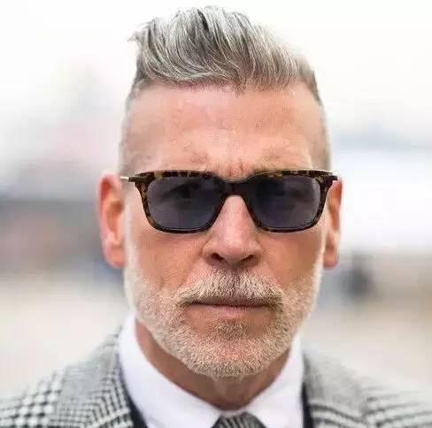 短发至少要v短发的图片学生发型中分马尾男人经典图片