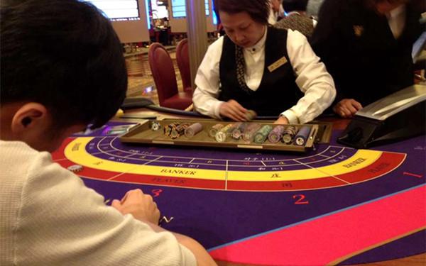 揭秘澳门赌场 小编亲自上场以小博大