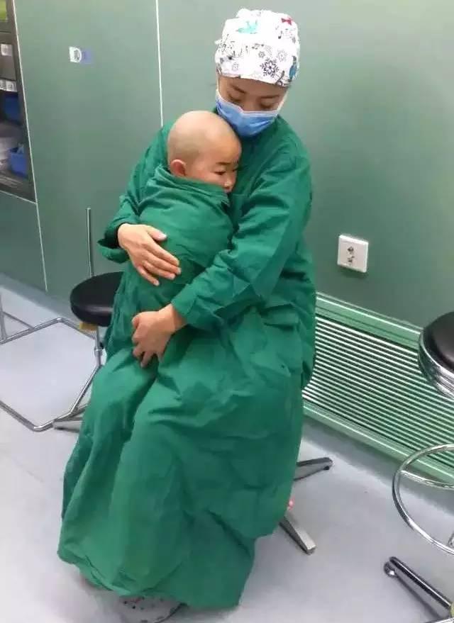 手术室里,患儿家属不知道的事情……