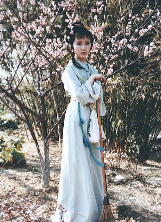 87版 红楼梦 林黛玉从未公开的照片