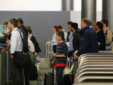 新西兰发布海关入境报告 华人列被拒榜首