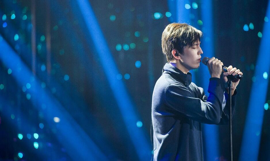 哈萨克斯坦男歌手