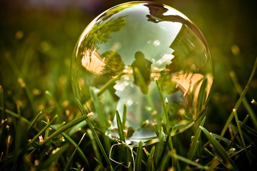 了_泡沫是很难确定的,除非它破了——格林斯潘