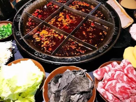 在济南这些火锅馆子面前千万别说不怕辣,否则。。