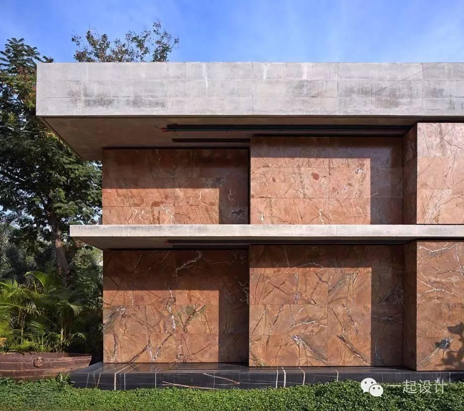 这个豪宅,居然在外墙布置了一个大理石阵