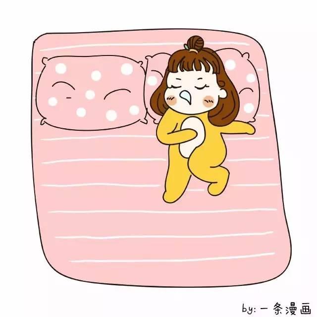 一个人睡这么大一张床!图片