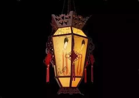 汉�z(�X[_相传汉光武帝建都洛阳后,于元宵佳节在宫廷里张灯结彩,盏盏宫灯煞是
