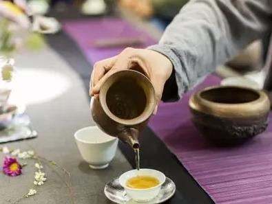 福鼎白茶属于红茶还是绿茶