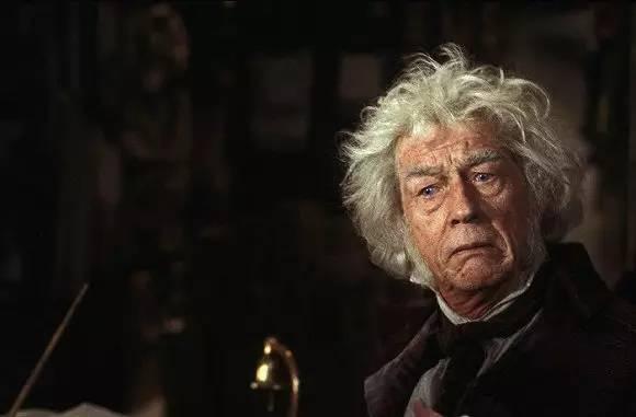 哈利波特 演员约翰 赫特去世,世界上最好的魔杖制造者走了