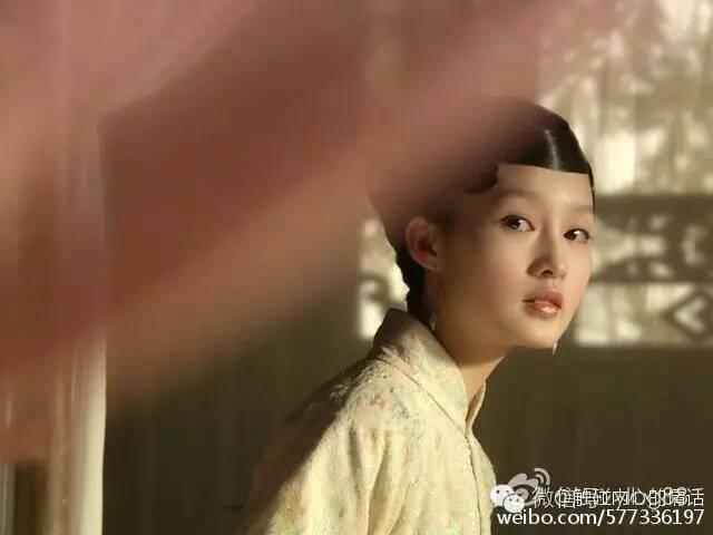 在我主演,新王牌看来里,电视杨洋和李沁而已.只有对剧情张国强王牌红楼图片