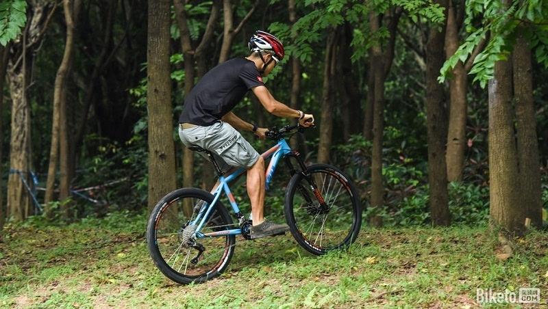 山地自行车变速器使用图片