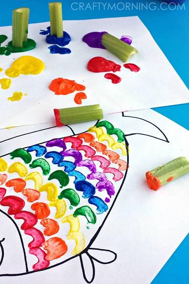 幼儿卡纸粘贴画图片-10个亲子美术创意,假期让孩子迸发想象力
