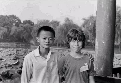 用2600万回报37年的忘年之交, 此间少年是马云 - 特中特 - 特中特教育指导中心