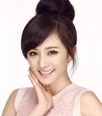 盘点扎过丸子头的女明星,赵丽颖一定是最可爱的!
