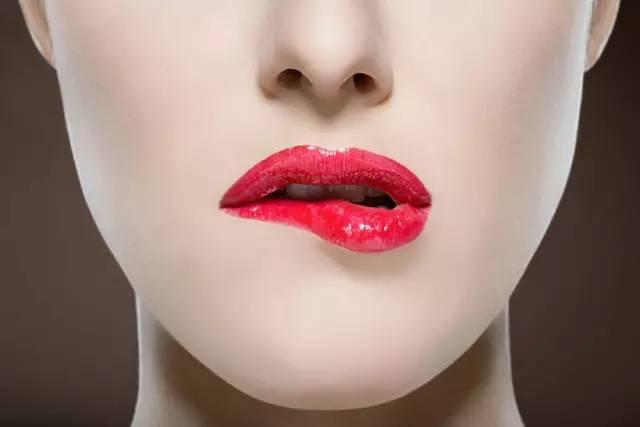 唇膏、唇彩、唇蜜、唇釉……还有多少南宁妹傻傻分不明白