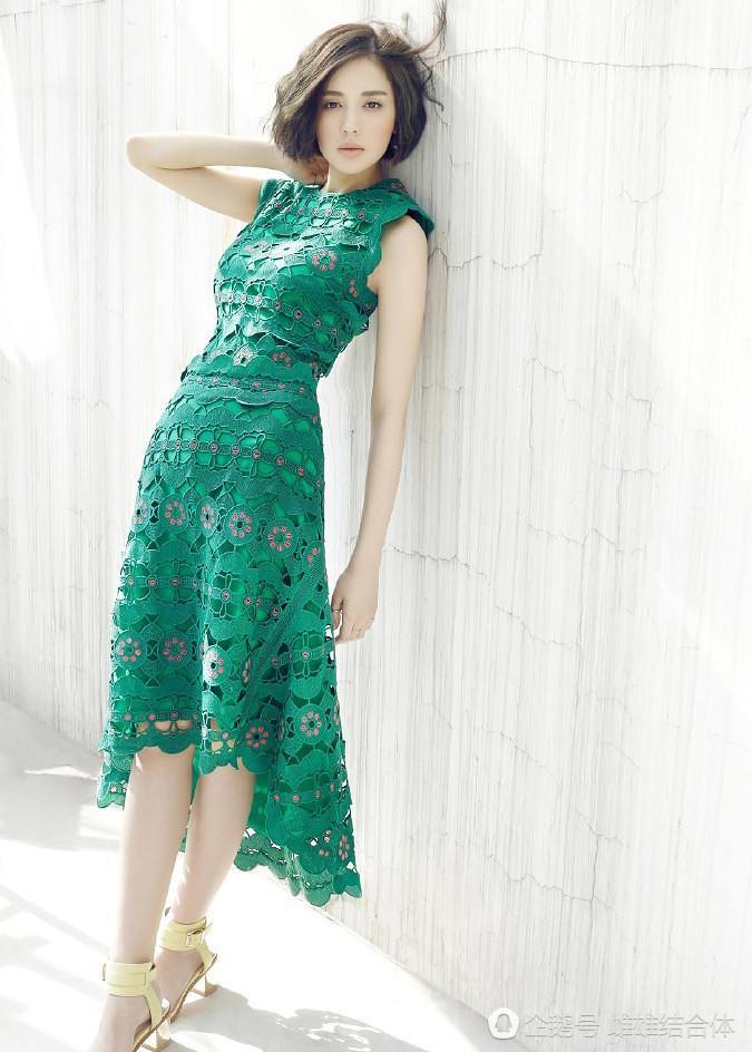 杨幂和古力娜扎同一身绿裙,一个像大妈一个是名模