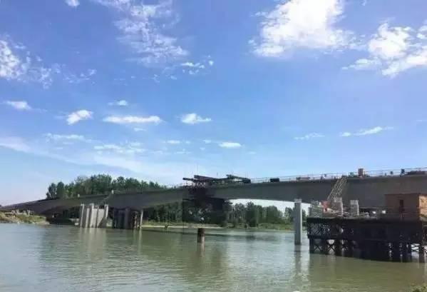 苏州人口占地面积_历年苏州人口