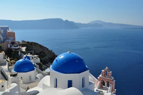 换卡了!希腊移民新福利:贴签变独立绿卡!
