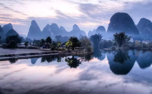 """""""桂林山水甲天下,阳朔山水甲桂林""""高度概括了阳朔自然风光在世界上所图片"""