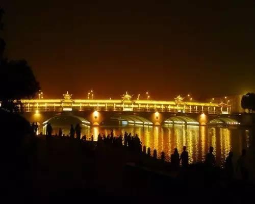 城市夜景说说-江苏13市,夜色谁最美 你说了算 大泰州人,为泰州太美投一票图片