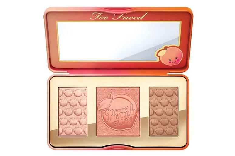 Too Faced 推出 新品彩妆,让冬天溢满蜜桃味!